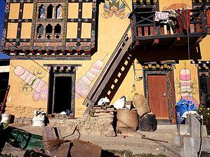 Bhutan_phallus_worship